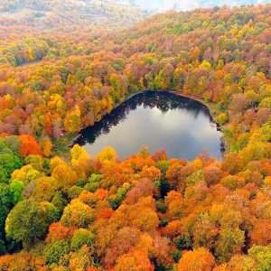 autumn - Dilijan-Lake-Gosh